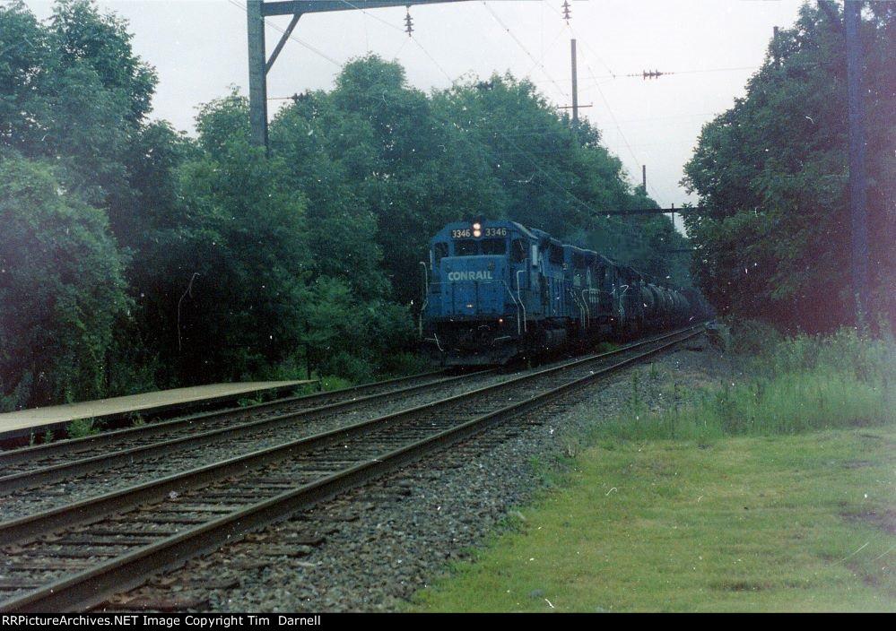 CR 3346 on rare daylight run of SECS.